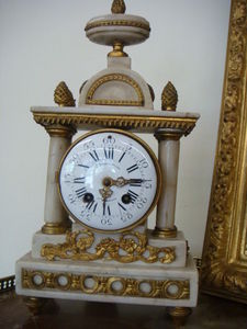 Antiquités Braga -  - Antique Clock
