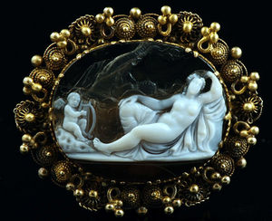 Fabian de MONTJOYE - broche en or - Brooch