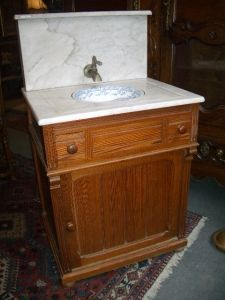 Antiquités Anne & Thierry - meuble toilette - Washbasin With Legs