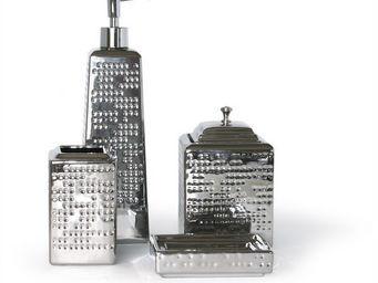 LA ROUTE DES BAINS - town - Bathroom Accessories (set)