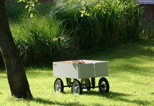 TRADEWINDS - wagoon--- - Wheelbarrow