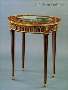 Pelham Galleries - London -  - Side Table