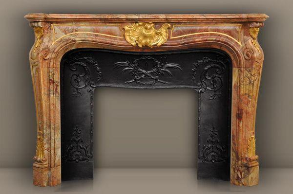 MAISON & MAISON - Fireplace mantel-MAISON & MAISON-Comtesse de Vintimille, Cheminée sur mesure