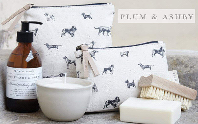 PLUM & ASHBY Toilettentasche Badezimmeraccessoires Bad Sanitär  |
