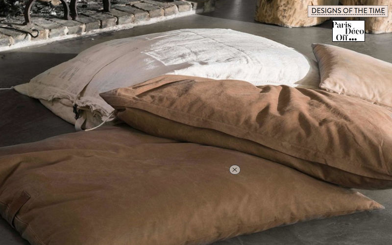 DESIGNS OF THE TIME Bodenkissen Schemel und Beinauflage Sitze & Sofas  |