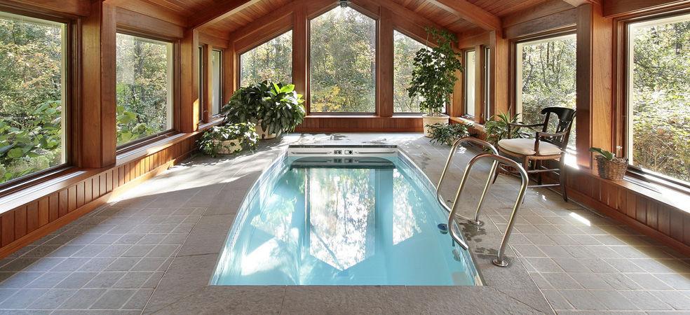 VIRGINIA PISCINES Innenswimmingpool Schwimmbecken Schwimmbad & Spa  |