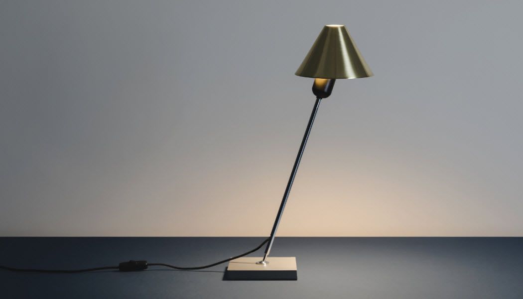 Santa & Cole Tischlampen Lampen & Leuchten Innenbeleuchtung  |