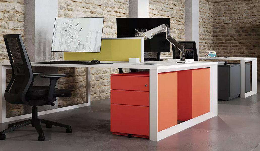 Bisley Schreibtisch Büroräume Schreibtische & Tische Büro  |
