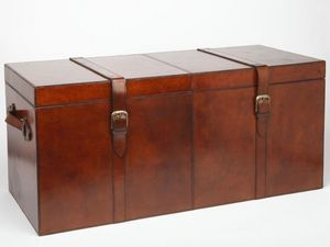 LIFE OF RILEY - leather chest - Kofferschrank