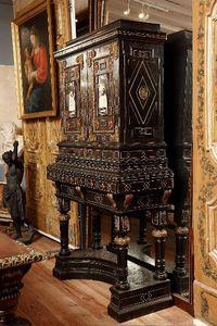 Galerie Jérôme Pla - cabinet florentin formant écritoire ita - Schranksekretär