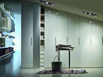 Lema - made to measure wardrobe - Schrank Mit Stoffvorhang