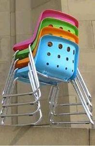 Loft -  - Stapelbare Stühle