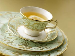 ROYAL CROWN DERBY -  - Teetasse