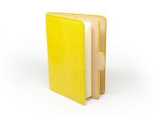SOIXANTE5 - porte passeport - Dokumentenablage