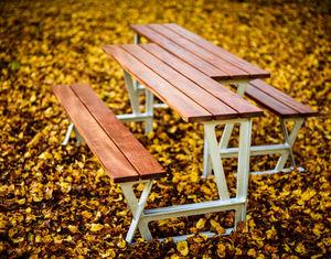 Byarums Bruk - domino - Picknick Tisch