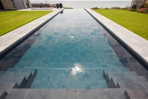 GUNCAST SWIMMING POOLS - -résidentelle - Überlaufschwimmbad