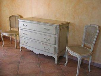 Coup De Soleil - sevigne commode 3 tiroirs et chaises can - Kommode