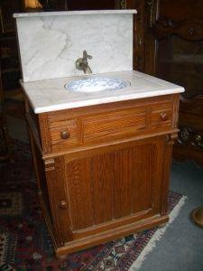 Antiquités Anne & Thierry - meuble toilette - Waschbecken Auf Füße