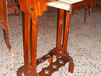 AU FAUBOURG - table d'appoint dite tricoteuse d'époque restauration - Worktable