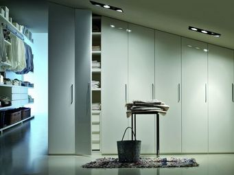 Lema - made to measure wardrobe - Schrank Mit Stoffvorhang