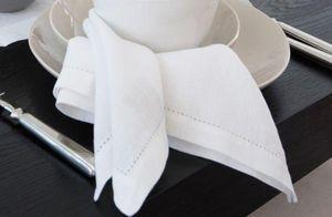 Kelly Hoppen - white linen napkins  - Tisch Serviette