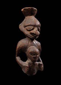 Michael Hamson Oceanic Art - figure de maternité ancestrale - Kleine Statue