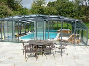 Telescopic Pool Enclosures - diabolo - Hoches Swimmingpool Schutz