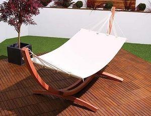Abode Interiors - outdoor garden bow hammock - Stangen Hängematte