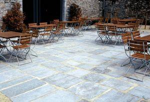 Carrieres Du Hainaut -  - Bodenplatten Außenbereich