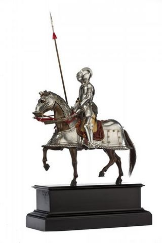 Peter Finer - Rüstung-Peter Finer-A FRENCH MODEL ARMOUR FOR MAN AND HORSE IN SIXTEEN
