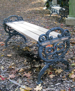 BARBARA ISRAEL GARDEN ANTIQUES - cast-iron and wood benches - Banco De Jardín