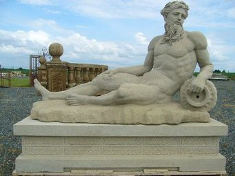 antiquites materiaux anciens deco de jardins - statue en pierre - Estatua