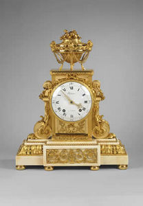 F P FINE ART - louis xvi ormolu and white marble mantel clock - Reloj De Apoyo
