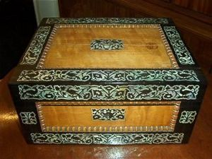 FAITH GRANT THE CONNOIssEUR'S SHOP - sewing box - Caja De Costura
