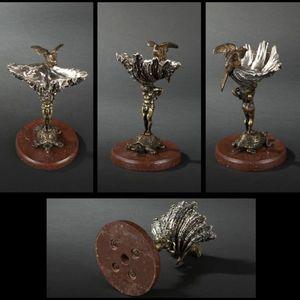 Expertissim - vide-poches en bronze patiné et argenté de la fin  - Vaciabolsillos