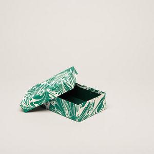 ESME WINTER -  - Caja