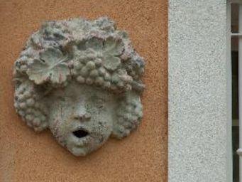 TERRES D'ALBINE - bouche d'eau bacchus - Gárgola