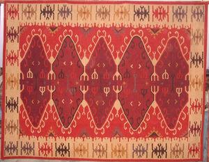 Red Rugs -  - Alfombra Kilim