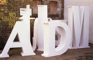 Bamber's Special Projects - big letters - Letra Decorativa