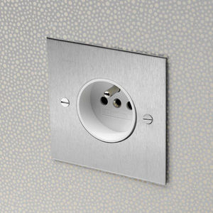 Forbes & Lomax - the stainless steet range - Toma Eléctrica