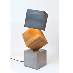 ATELIER MOBIBOIS - lampadaire design 3 kubes - Lampada Da Terra