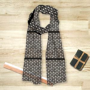 la Magie dans l'Image - foulard trèfle noir blanc - Foulard Quadrato