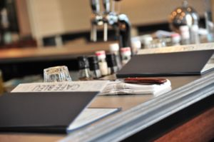 Les Etains De Lyon - bordure « 22 » - Profilo Per Bancone Bar