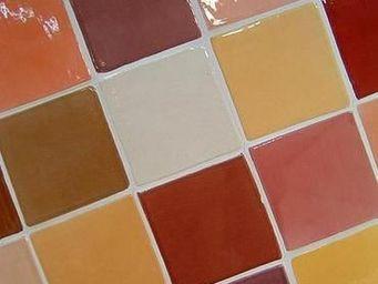 Ceramiques du Beaujolais - terre cuite émaillée - Piastrella Da Muro