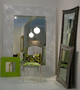 Spini - salone del mobile milano 2009 - Specchio