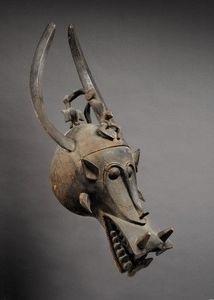 Kathy van der Pas & Steven van de Raadt - masque heaume wabele - Maschera Africana
