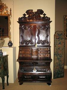FOSTER-GWIN - iberian baroque period chestnut secretary - Scrittoio