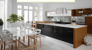Oxford Kitchens & Bathrooms -  - Cucina Moderna