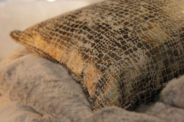 MISIA - Cuscino rettangolare-MISIA-LA VALSE DU CROCODILE
