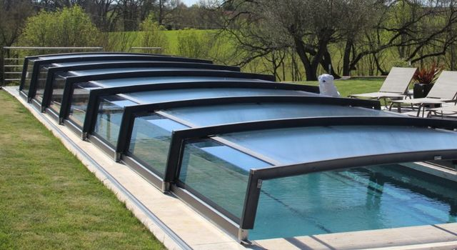 AZENCO GROUPE - Copertura scorrevole o telescopica per piscina-AZENCO GROUPE-Néo